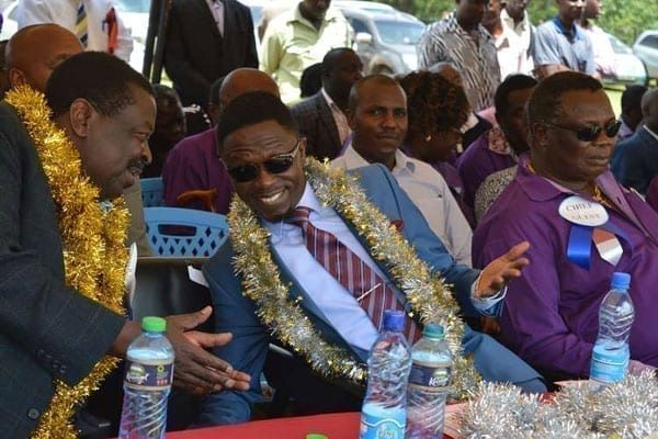 Trade unionist Francis Atwoli (right) hosted top Luhya leaders on August 19, 2016 in a bid to rally the region behind a single candidate. PHOTO   ISAAC WALE   NATION MEDIA GROUP