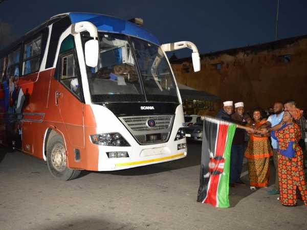 Mombasa Governor Hassan Joho flags off a bus that will be used to pick delegates to attend ODM's 10th anniversary to be held in Mombasa on Saturday. He was accompanied by other ODM MPs, September 8, 2016 /JOHN CHESOLI