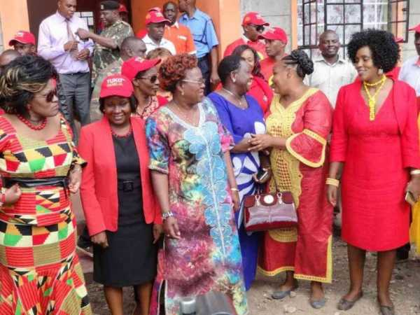 Women MPs Rachel Shebesh, Cecily Mbarire, Alice Wahome, Beatrice Elachi, Peris Tobiko, Esther Gathogo and Alice Wambui in Ruiru town on September 28, 2016. /FILE