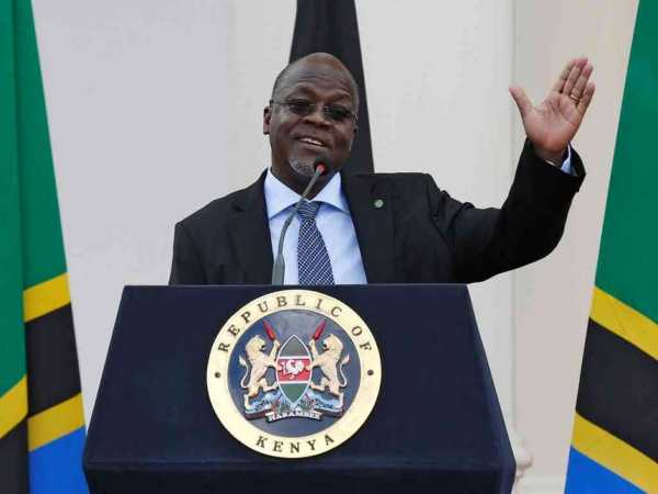 Tanzania's President John Magufuli addresses a news conference during his official visit to Nairobi, October 31, 2016. /REUTERS