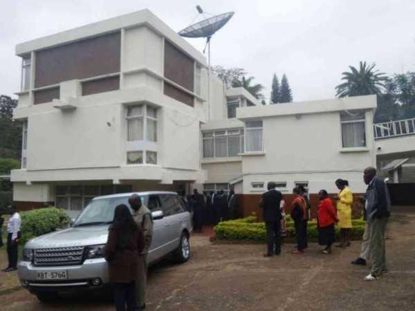 Mourners at the home of former minister and Maasai supremo William Ntimama in Lavington, Nairobi, September 6, 2016. /PATRICK VIDIJA