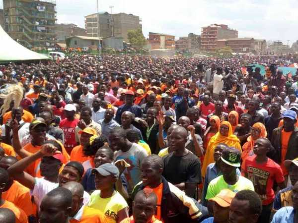 ODM supporters at the Masinde Muliro grounds in Mathare on Sunday, September 18th, 2016.