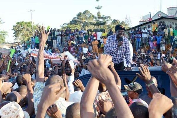 ODM leaders Raila Odinga addresses his supporters after arriving in Mombasa on November 22, 2016. PHOTO   KEVIN ODIT   NATION MEDIA GROUP