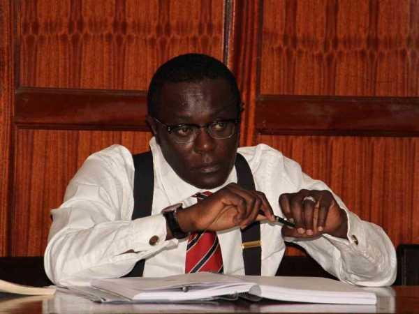 Political analyst Mutahi Nginyi at Milimani law court./FILE
