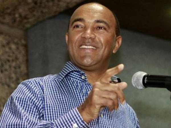Nairobi governor hopeful Peter Kenneth (Independent) during a past event. /FILE