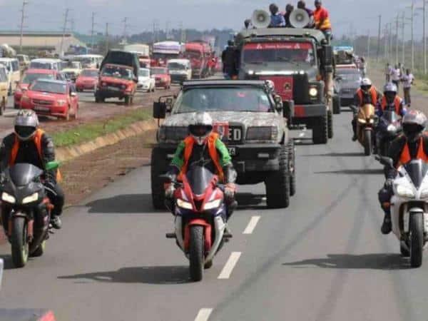 Kiambu Governor William Kabogo's motorcade on Thika road heading towards Thika stadium to launch his reelection bid in April. Photo/WILLIAM MWANGI
