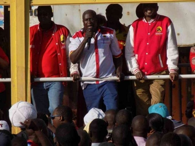 Former Cabinet minister Amos Kimunya, former Kibwezi MP Kalembe Ndile and Gatundu South MP Moses address Jubilee Party supporters at Makadara Shopping centre in Athi River during campaigns on June 12, 2017. /GEORGE OWITI